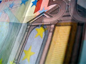 Congelación de las tablas salariales para 2013 del VII Convenio de Enseñanza no reglada