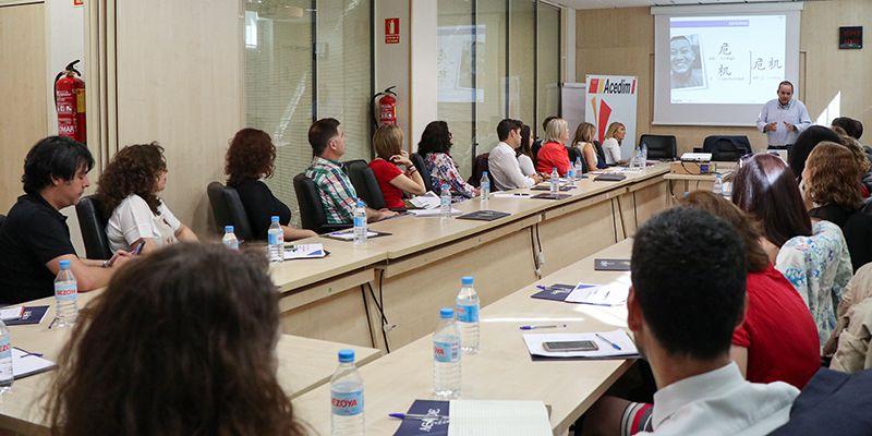 Treinta y dos directivos de centros de enseñanza de idiomas asistieron al desayuno sobre marketing educativo organizado por ACEDIM